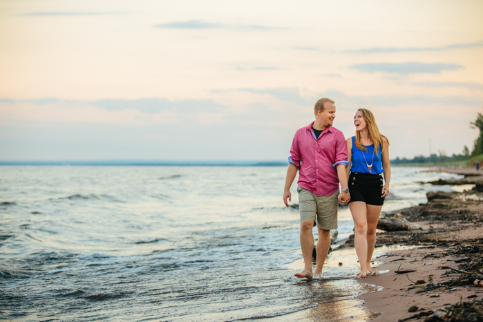 Milwaukee Photographer_Engagment Pictures (17)