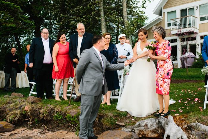 Milwaukee Wedding Photography_Lakeshore Ceremony (38)