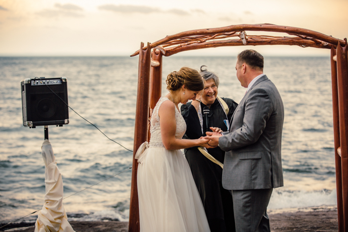 Milwaukee Wedding Photography_Lakeshore Ceremony (50)