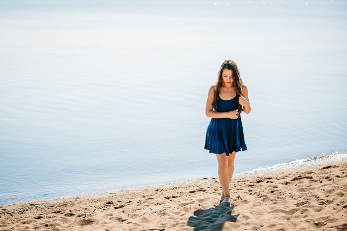 Senior pictures by the lake_Wisconsin Photography
