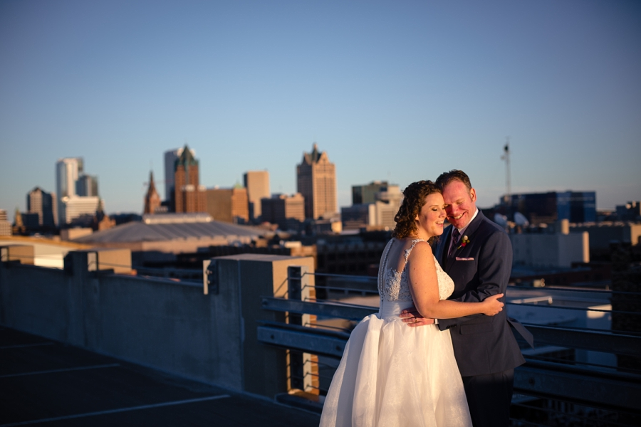 Wedding Photographer in Milwaukee WI_0688.jpg