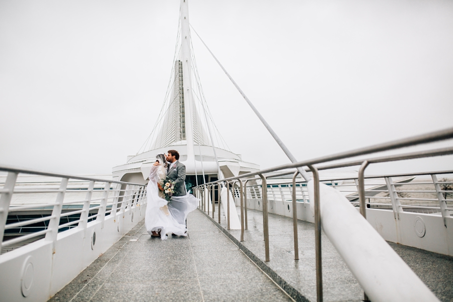 Wedding Photographer in Milwaukee WI_0709.jpg