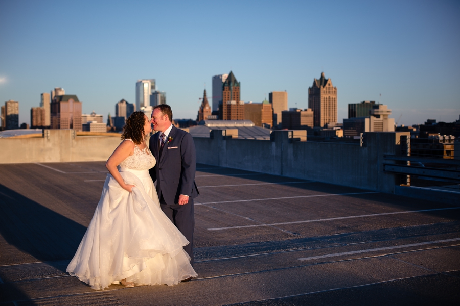Milwaukee Wedding Photographer_At the Pabst