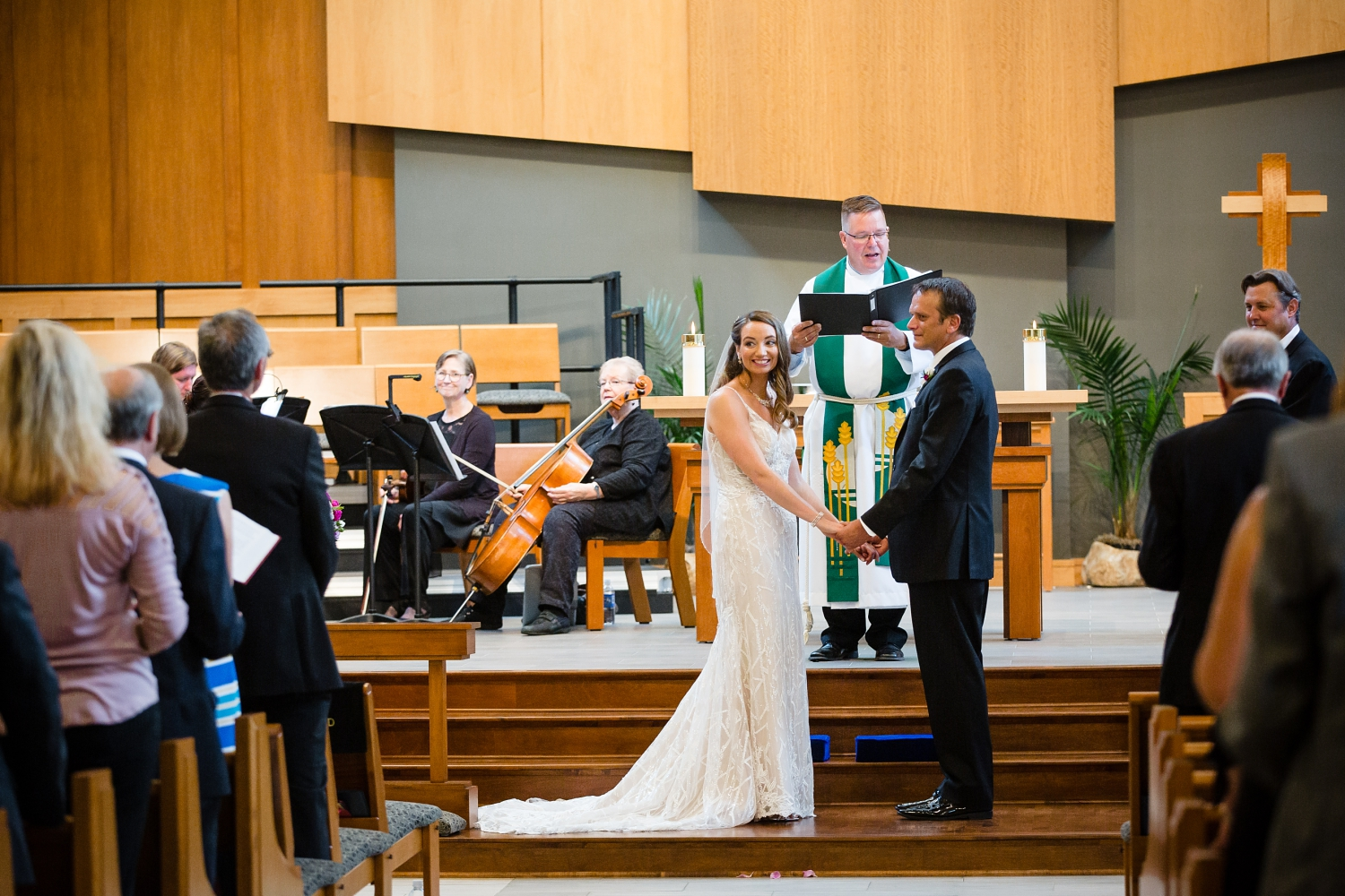 Wedding Photographer in Milwaukee WI_1196.jpg