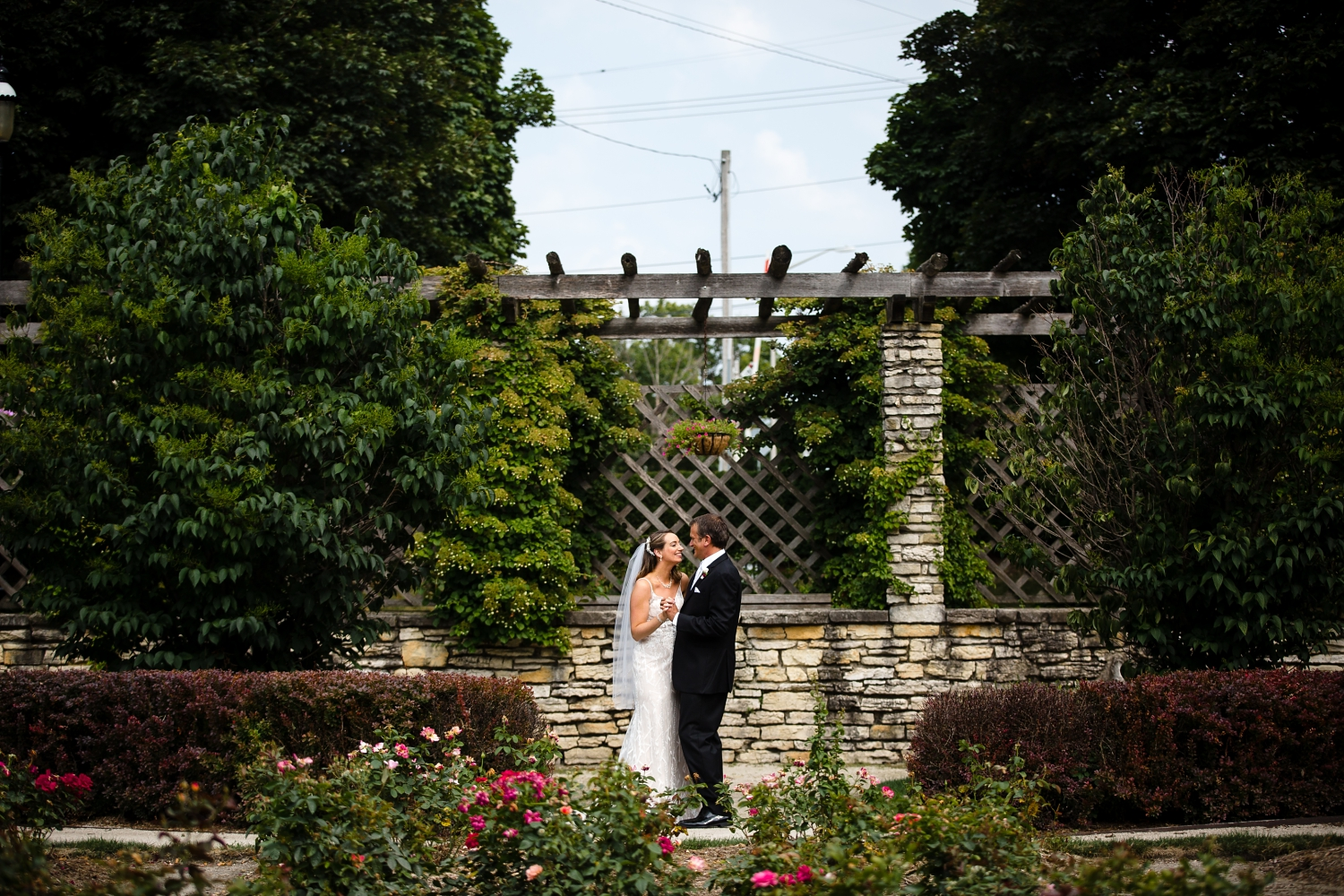 Wedding Photographer in Milwaukee WI_1197.jpg