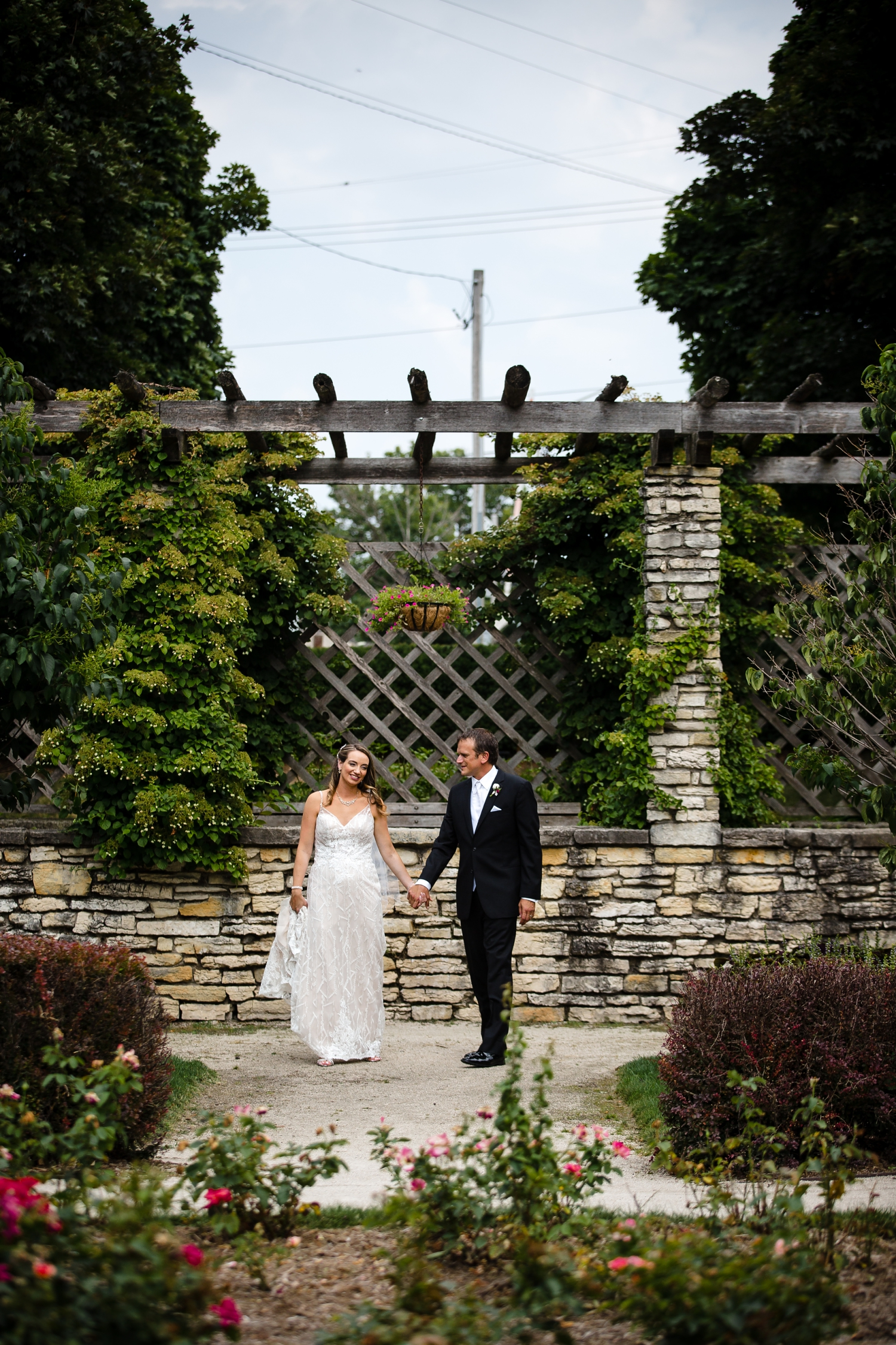 Wedding Photographer in Milwaukee WI_1199.jpg