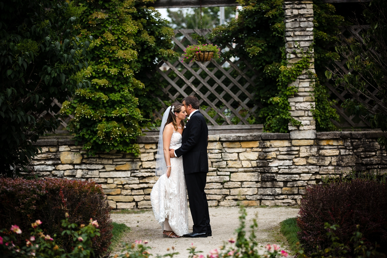 Wedding Photographer in Milwaukee WI_1200.jpg