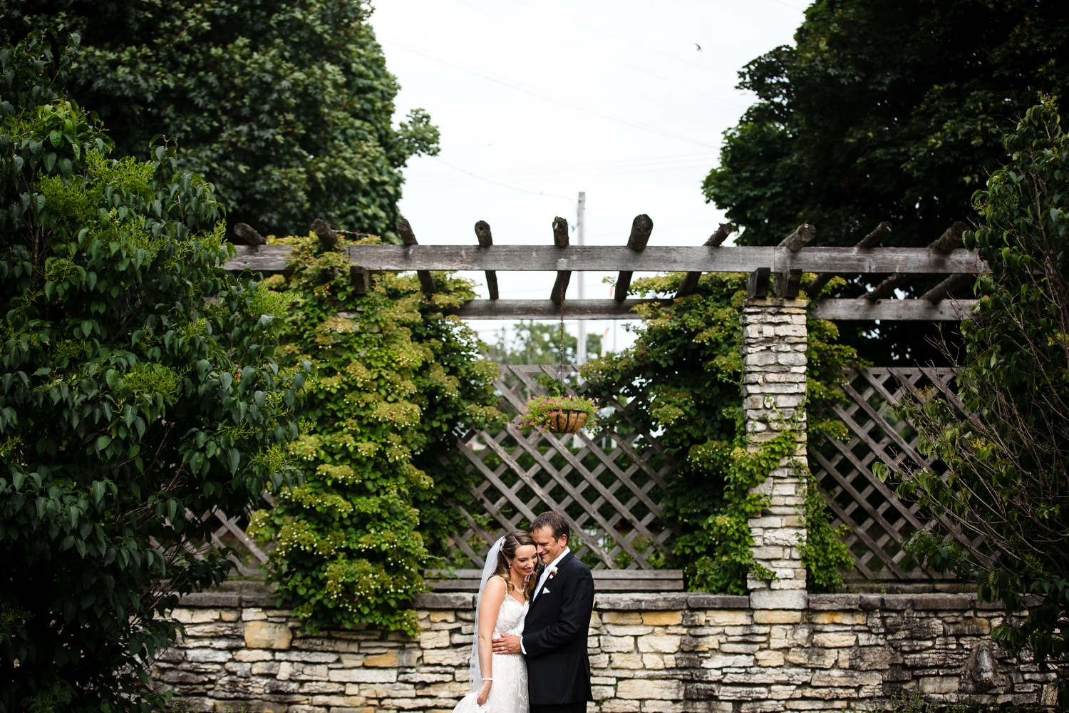Wedding Photographer in Milwaukee WI_1201.jpg