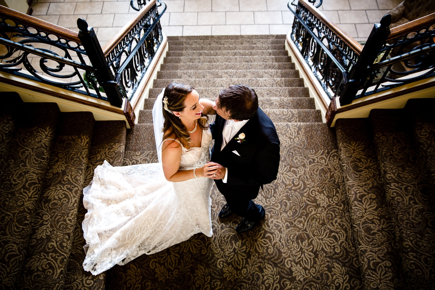 Wedding Photographer in Milwaukee WI_1214.jpg