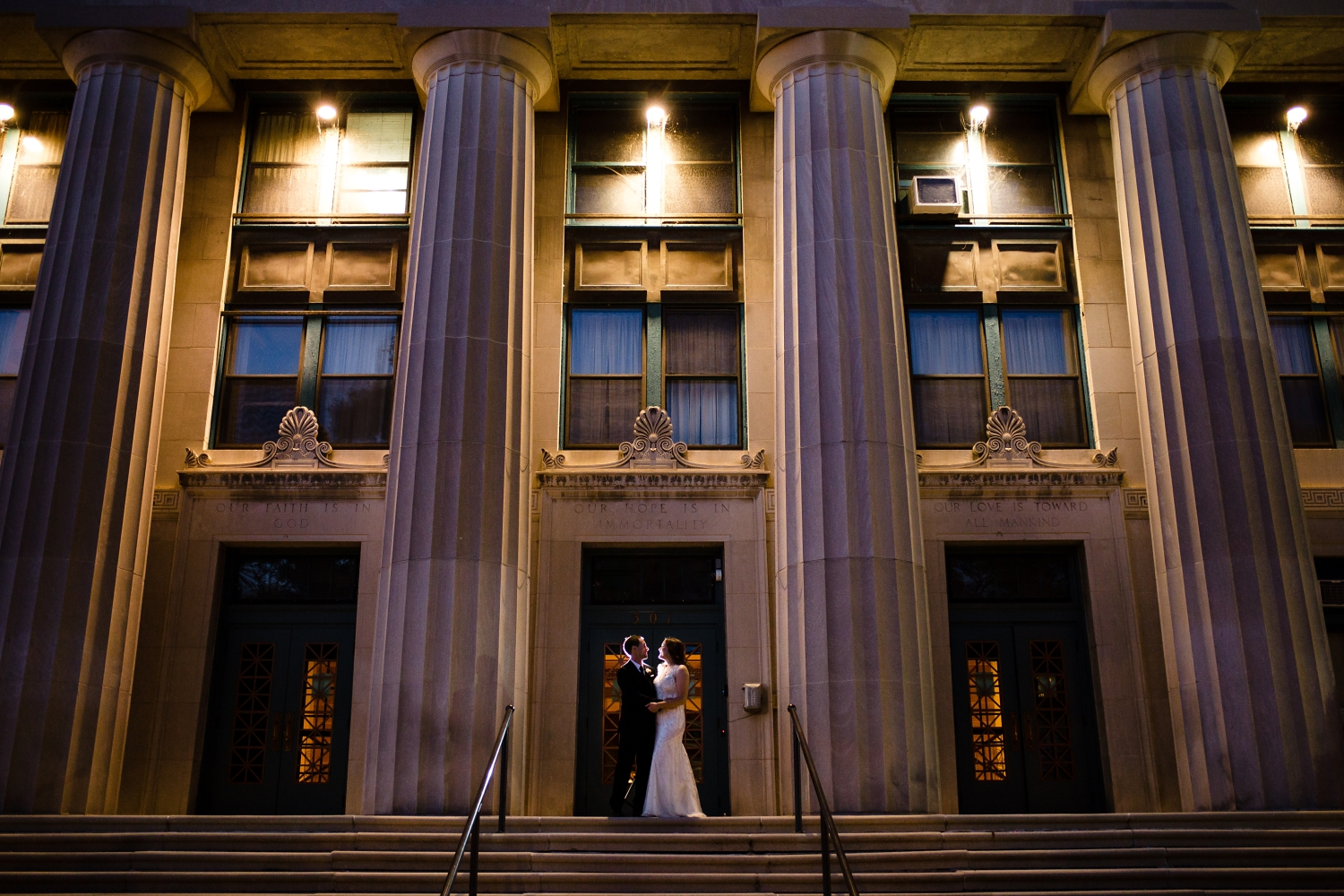 Wedding Pictures at Masonic Center_Madison Photographer