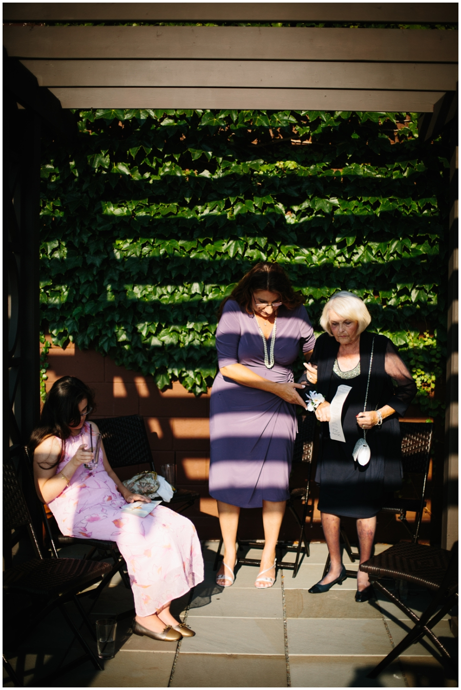 The Atrium_East Side Milwuakee_Wedding Photography in Wisconsin_Outdoor Wedding